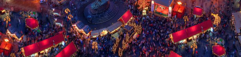 Фестиваль в Праге - староместская площадь