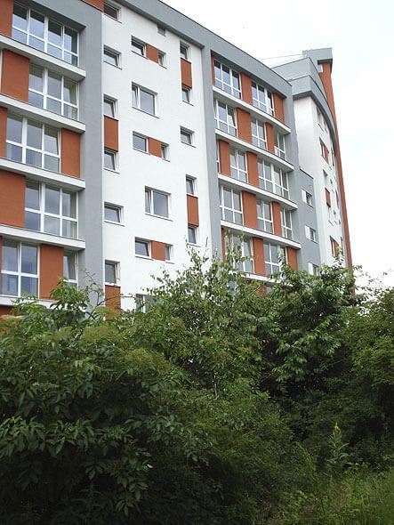Продажа квартир в новом высокоэтажном доме в Праге 9