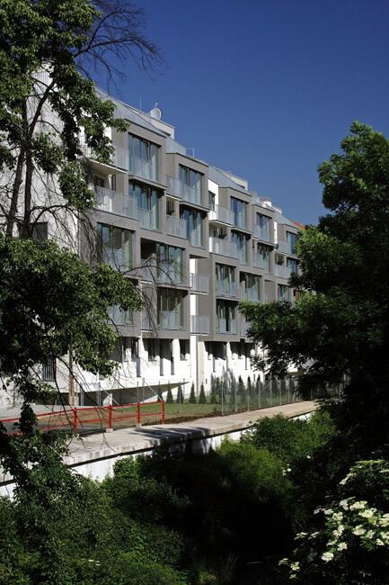 Продажа квартир в зеленом комплексе в Праге 4 - Михле