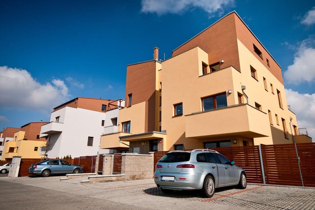 Продажа квартир в комплексе низкоэтажных домов в Праге-запад