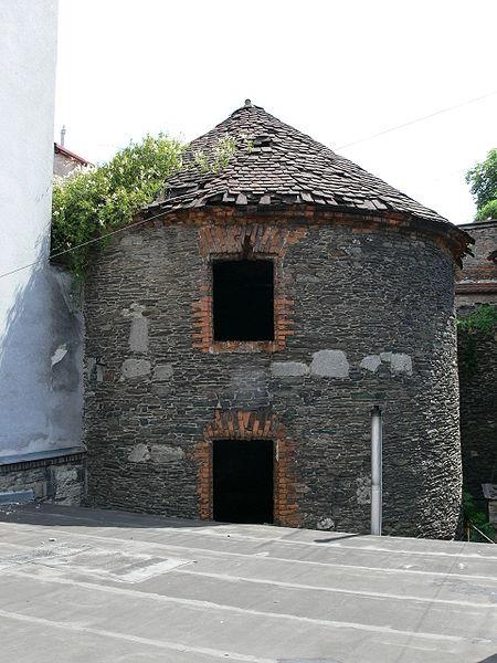 Башня средневекового укрепления
