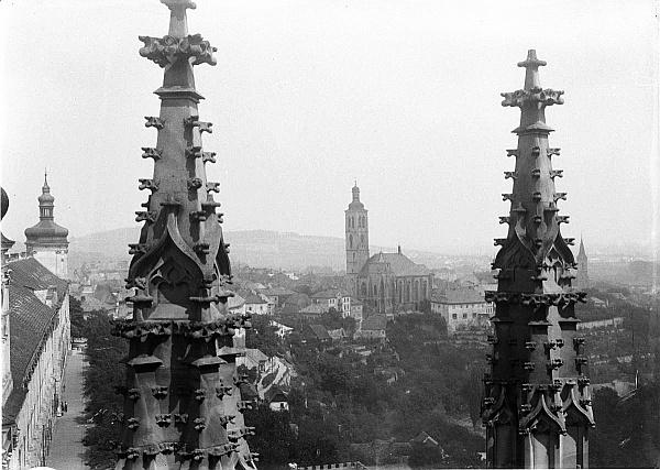 Вид на костел Святого Якуба в Кутной Горе с храма Святой Варвары, 1919 год (фото Йозефа Йиндржиха Шехтла)