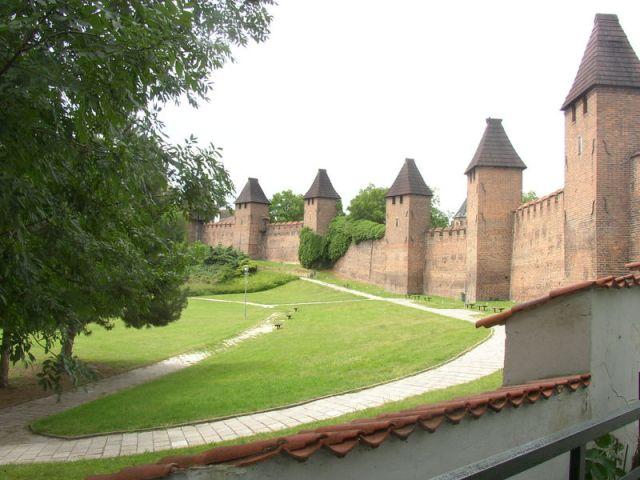 Нимбуркские крепостные стены