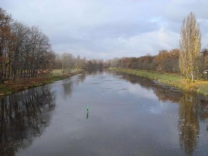 Вид на реку Лаба с моста в Подебрадах